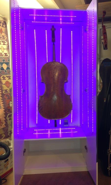 LED-lightbox-violin-varnish