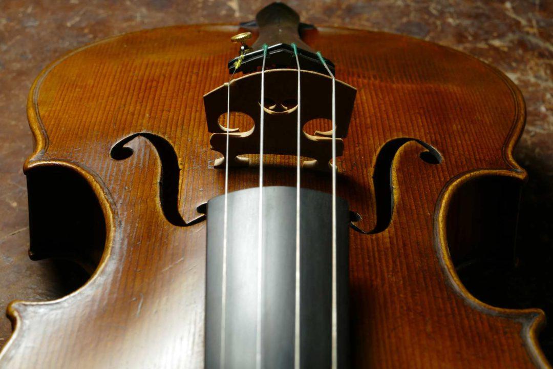 Del Gesu Model Violin